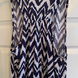 Lilly Pulitzer Dresses - Lilly Pulitzer blue and white chevron maxi size M